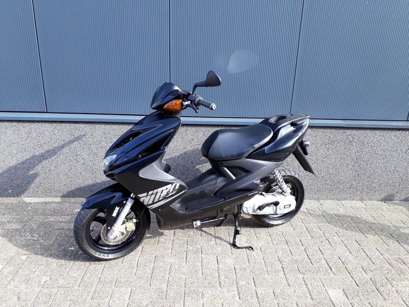 VERKOCHT.....Yamaha Aerox MBK 45 km/h