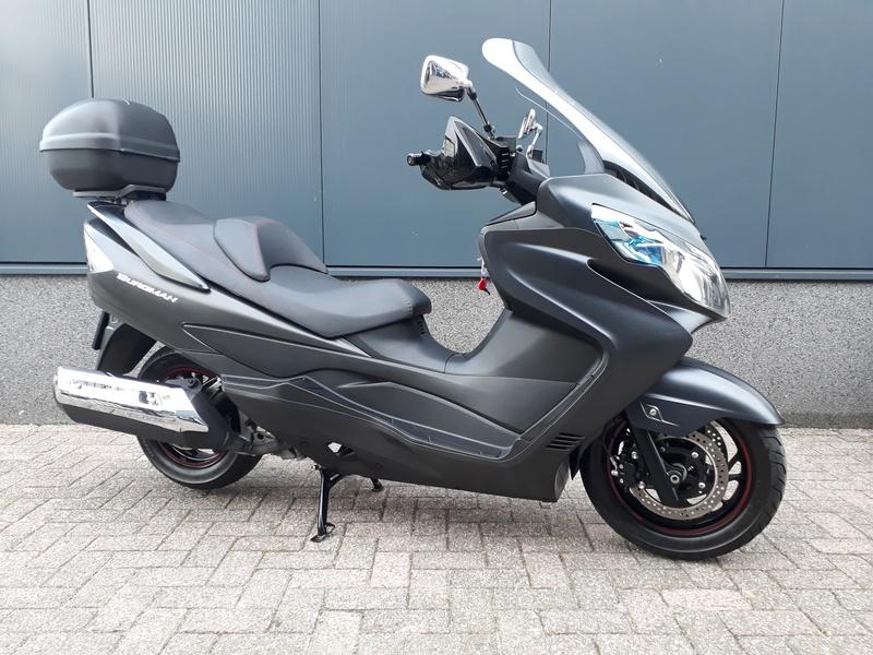 VERKOCHT....Suzuki AN 400 Burgman ABS 2015 (A2)