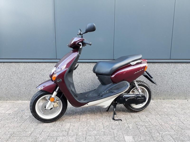 VERKOCHT....Yamaha Neo's 45 km/h Koopje!