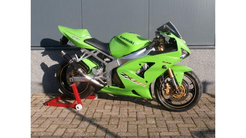 VERKOCHT....Kawasaki ZX6R 636 groen 2003