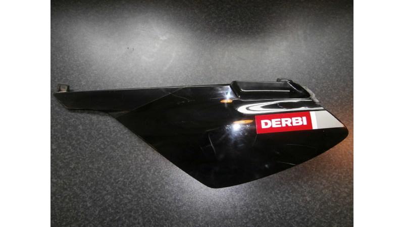 DerbiSenda Xtreme achterzijscherm zwart (links)