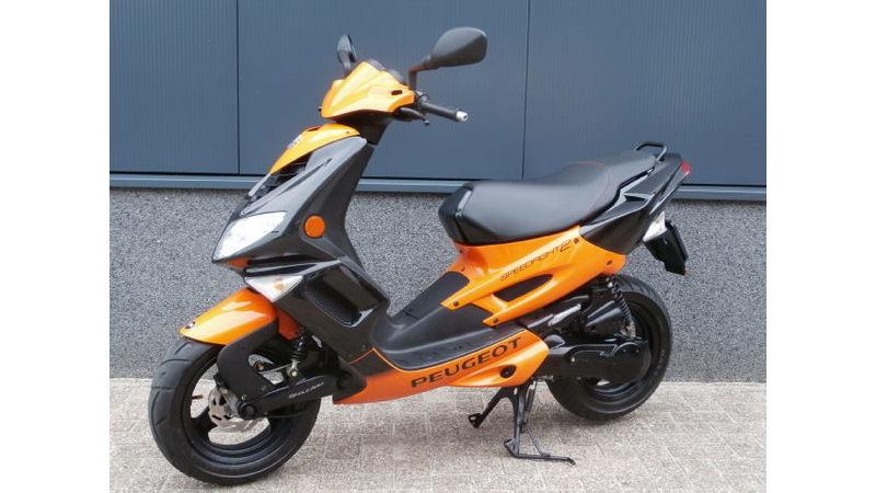 VERKOCHTSpeedfight II zwart-oranje 25 km/h (nieuwstaat!!)