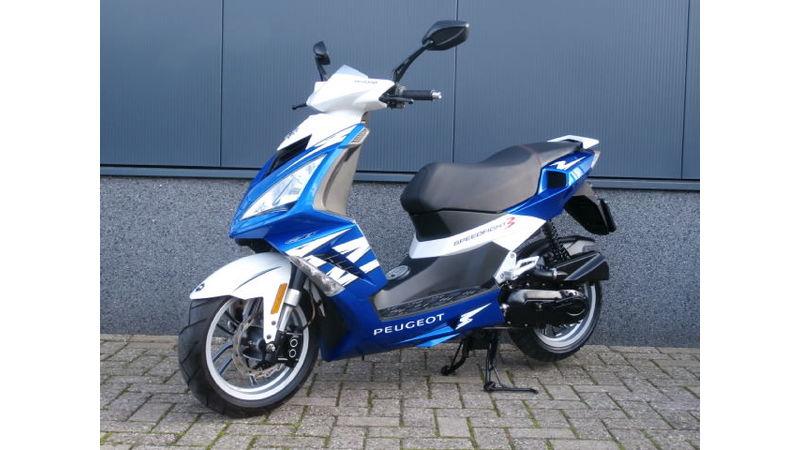 VERKOCHT....Peugeot Speedfigt III 25 km/h 2012
