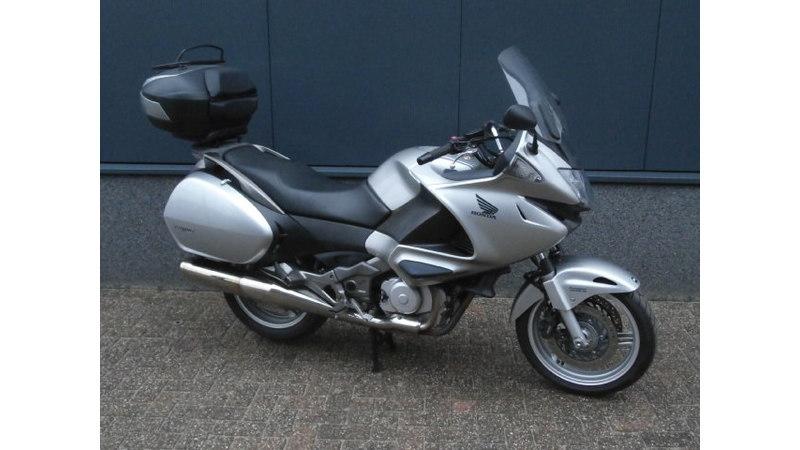 VERKOCHT....Honda NT 700 V Deauville