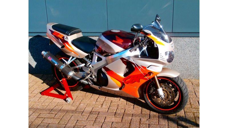 VERKOCHT......Honda CBR 900 RR Fireblade