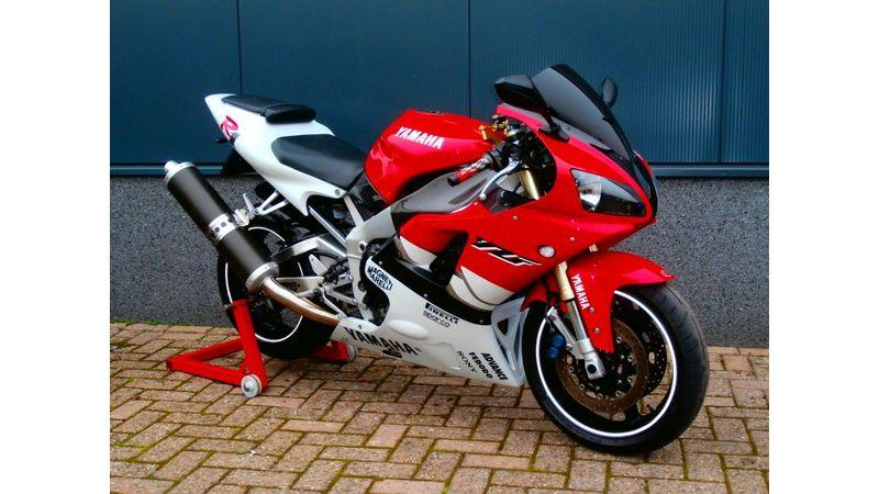 VERKOCHT....Yamaha YZF R1