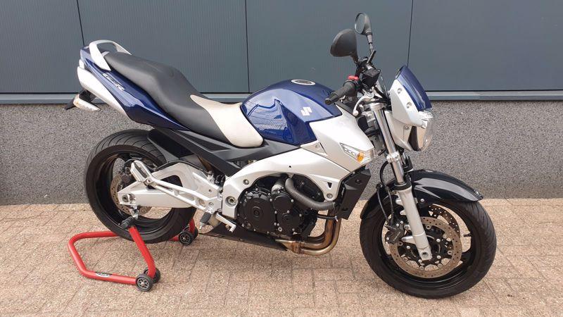 VERKOCHT.....Suzuki GSR 600 2007