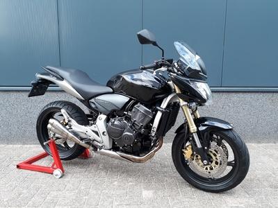 .....Honda CB 600 F Hornet 2008