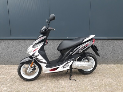 ....Yamaha Jog RR  2009