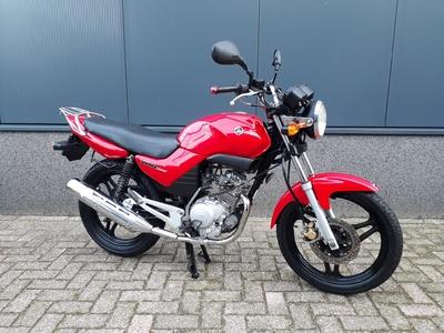 ....Yamaha YBR 125 (A1 rijbewijs)