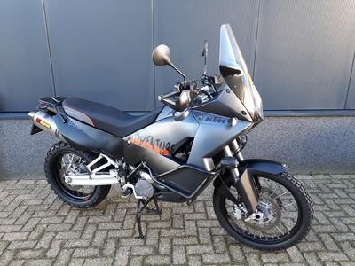....KTM 990 Adventure EFI
