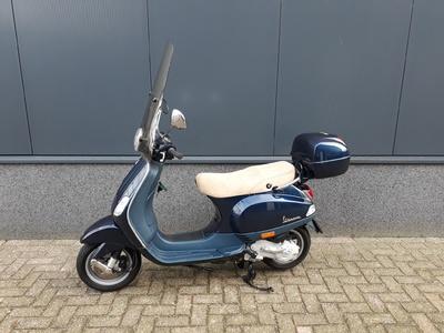 ....Vespa LX 50 4T 45 km/h  blauw