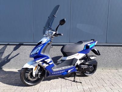 ....Peugeot Speedfight III  25 km/h