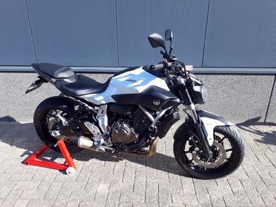 ......Yamaha MT-07 Wit ABS 2015 (a2 / 35kw geschikt)