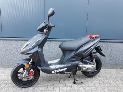 ......Keeway Fact 45 km/h zwart 2010