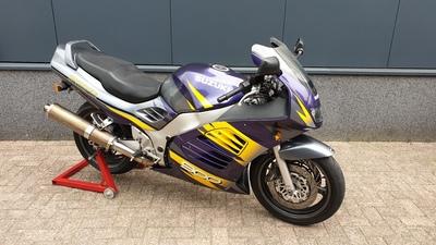 RF 900 R 1997