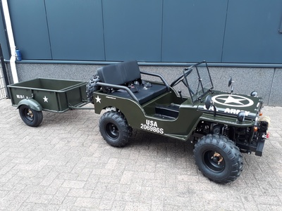 Mini Jeeps  150cc full options Geveerd