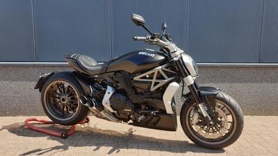...........Ducati X diavel  zwart 2016