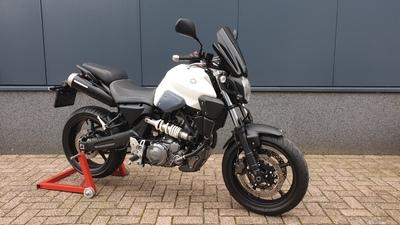 ....Yamaha MT-03 wit 35kw 2008  (A2 rijbewijs)