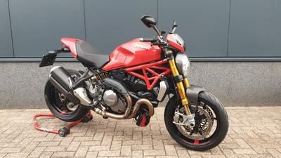........Ducati Monster 1200 S  2017