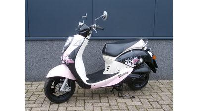 Mio 45 km/h Zwart/Roze