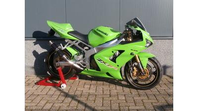 ....Kawasaki ZX6R 636 groen 2003