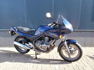 ....Yamaha XJ 600 Diversion