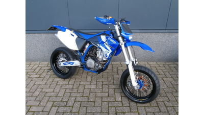 ....Yamaha WR 400 F Supermotard + Enduro