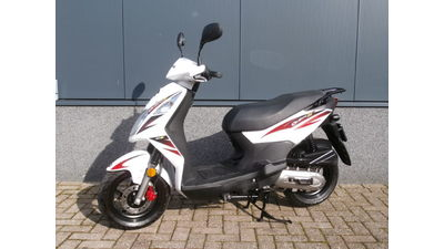 .... SYM Orbit II wit-rood 25 km/h 2010