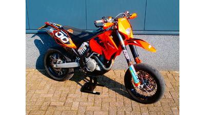 ..............525 EXC super motard 2007