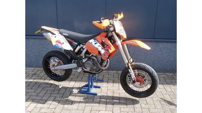 ....KTM 525 EXC Supermotard model 2005 (A2 rijbewijs)