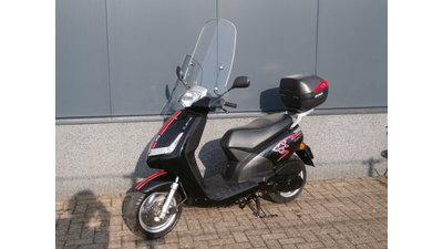 New Viva zwart  25 km/h