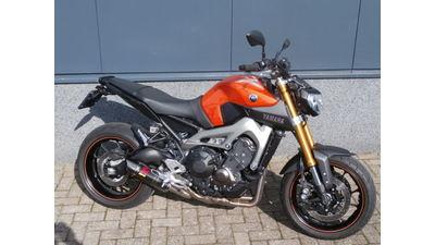 .....Yamaha MT-09 ABS 2016 Akrapovic edition