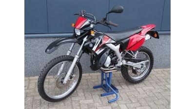 .....Yamaha DT 50 R 2014