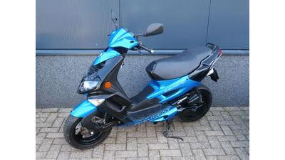 Speedfight II blauw-zwart 45 km/h