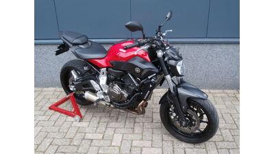 ....Yamaha MT-07 rood abs 35KW
