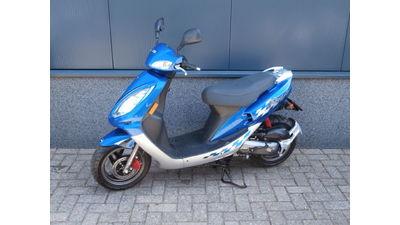 ...SYM Jet Euro X 25 km/h