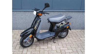 ....Peugeot Rapido 25 km/h zwart