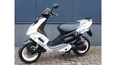 ...Peugeot Speedfight II R 25 km/h wit