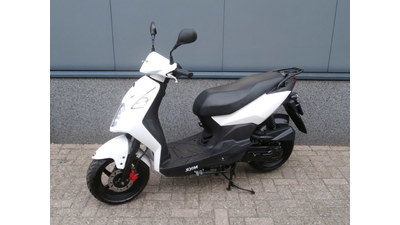 ....SYM Orbit II  25 km/h wit 2015