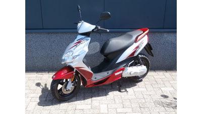 ......Yamaha Jog R 45 km/h Rood-Zilver