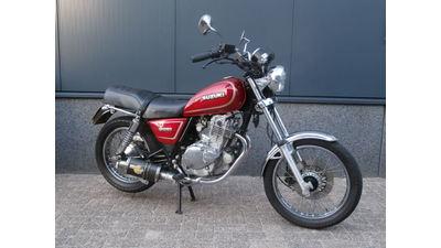 ....Suzuki GN 250
