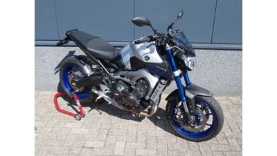 ......Yamaha MT-09 ABS 2015