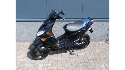 ... Peugeot Speedfigt II 25 km/h zwart