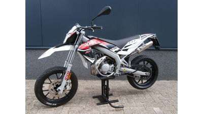 ...Aprilia SX 50 supermotard 2015
