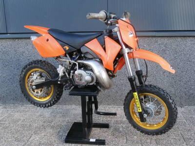 ...KTM SX 50 LC