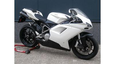 .....Ducati 848 wit 2008