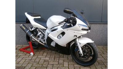 ......... Yamaha YZF R6