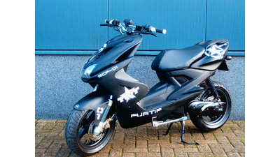 .....Yamaha Aerox special