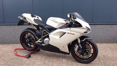 ....Ducati 848 wit 2008